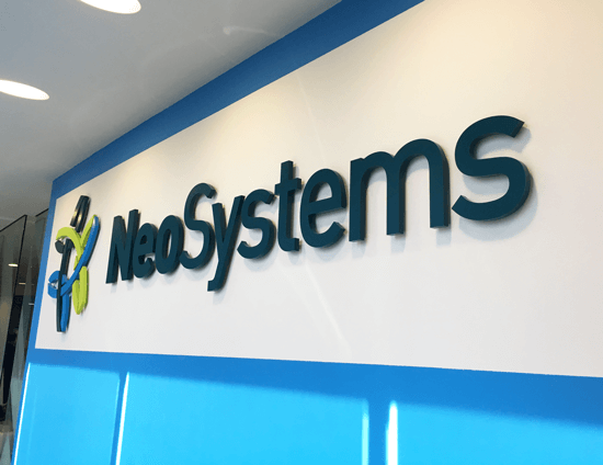 neosystems wall photo